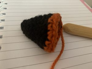 Colour change for witch hat crochet pattern