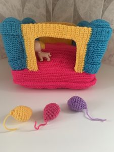 Toy bouncy castle crochet pattern